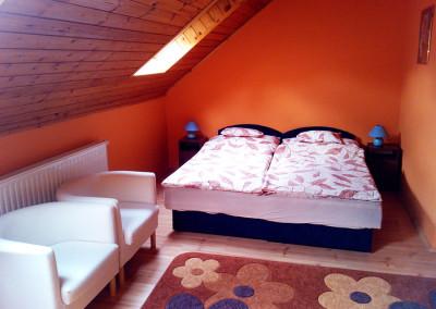 Classic 4 ágyas szoba 1