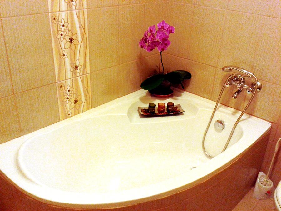 4 ágyas apartman fürdő 2